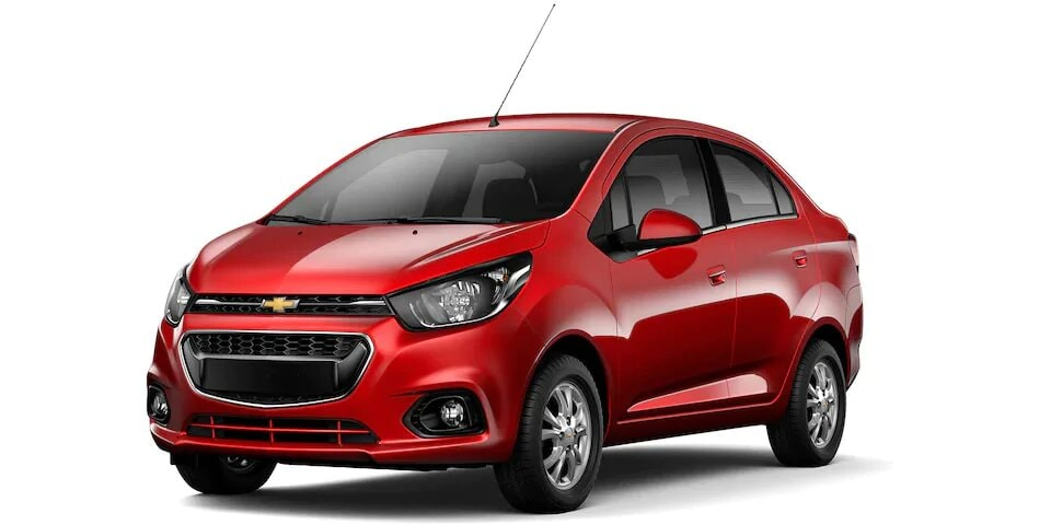 Chevrolet Spark Sedan - Auto Familiar Rojo